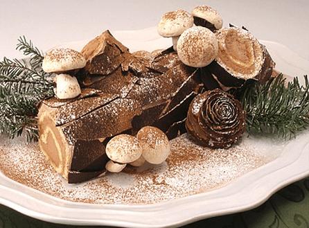 وصفة كعكة Buche de Noel ليكتمل احتفالك بالكريسماس!