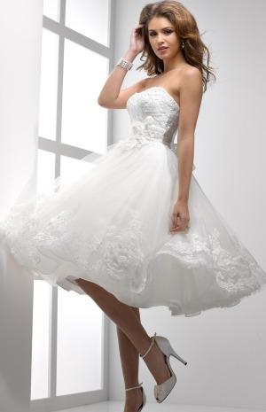 1b4318675 فساتين زفاف قصيرة   Gheir