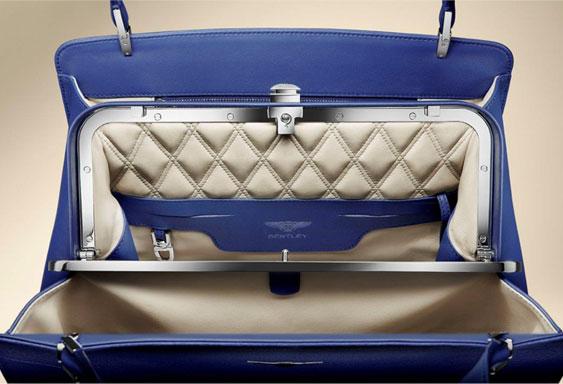 مجموعة وتشكيلة حقائب بأربعة ألوان مختلفة للسيدات 2014