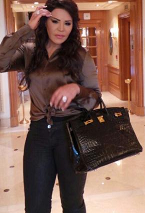 احلام: راتب شهر لحملة الشهادات لا يكفيني لشراء حقيبة