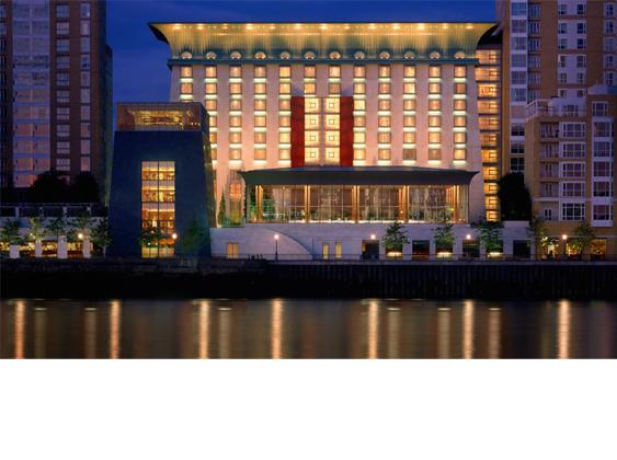 أتبقين في غرفتك ليلة رأس السنة؟ فنادق لندن توفّر لك سهرة رائعة