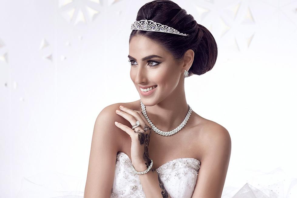 عرس عربي يشرق ببريق مجوهرات تيفاني اند كو