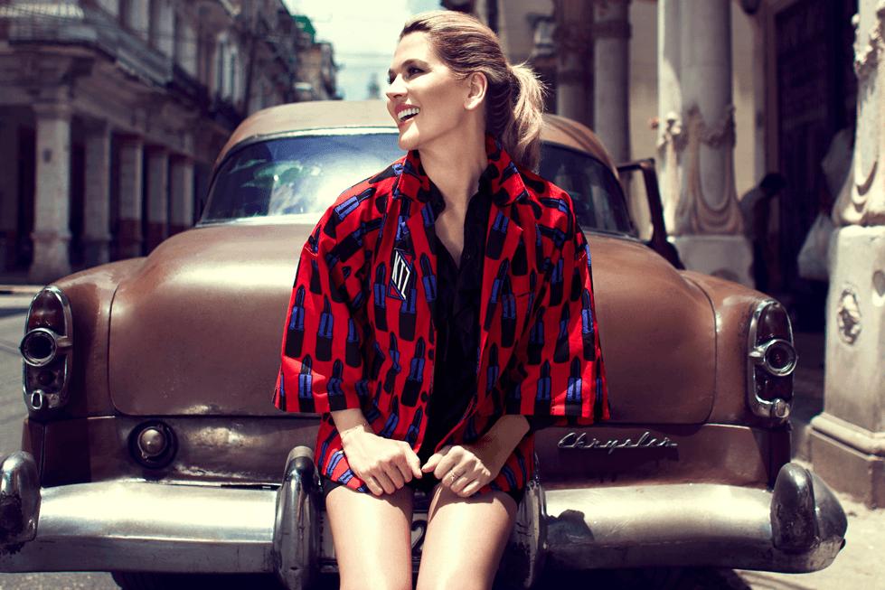 شاهدي زويا تعيش السحر الكوبي في لقطات من شوارع هافانا