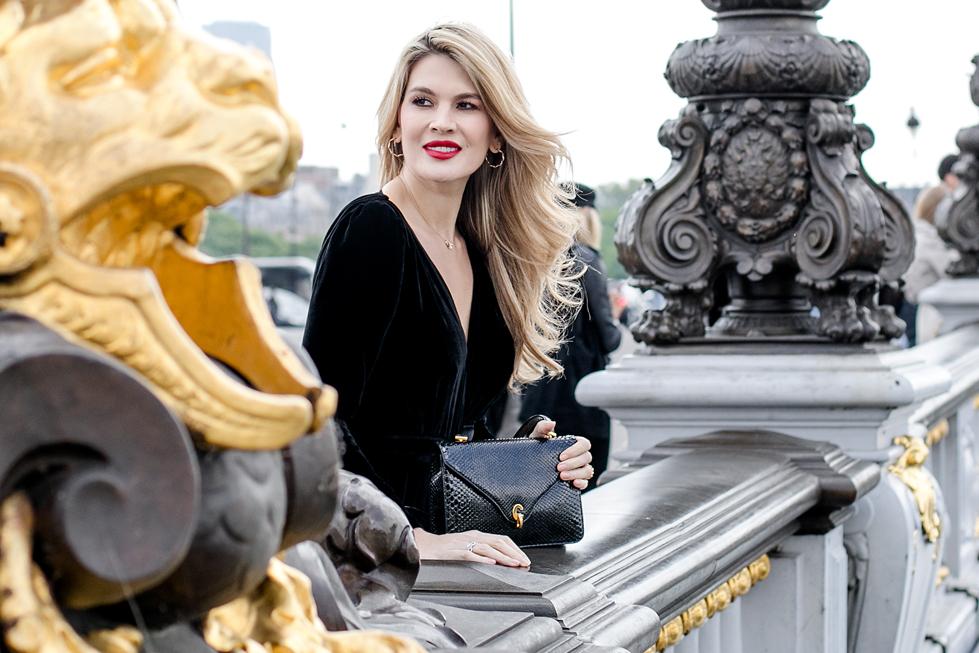 يوميات زويا الباريسية: أناقة ومجوهرات بتوقيع ديور
