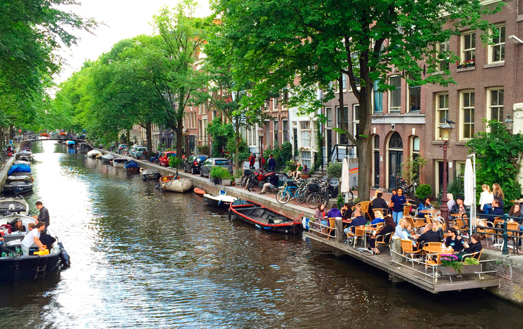 الموقع، الخدمة، الطعام، كلّها ستجعلك تختارين هذا الفندق الراقي في أمستردام!