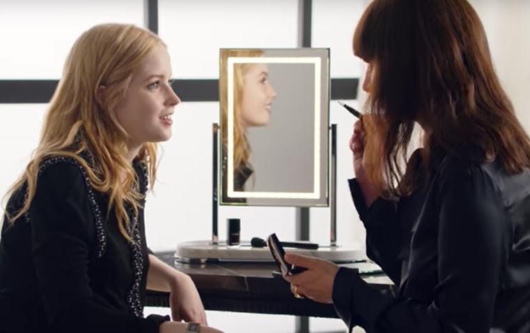 Chanel Beauty Talks: إلّي بامبر بضيافة لوشيا بيكا