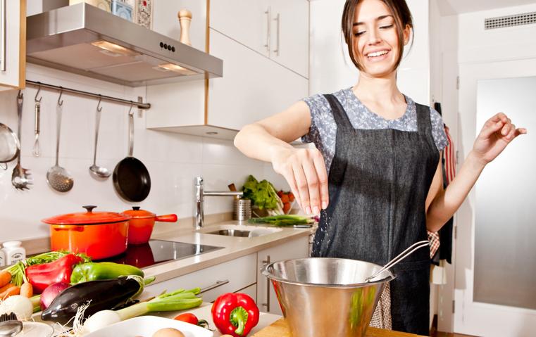 7 أفكار عملية تتيح لك إعداد مائدة رمضانية صحّية تماماً!