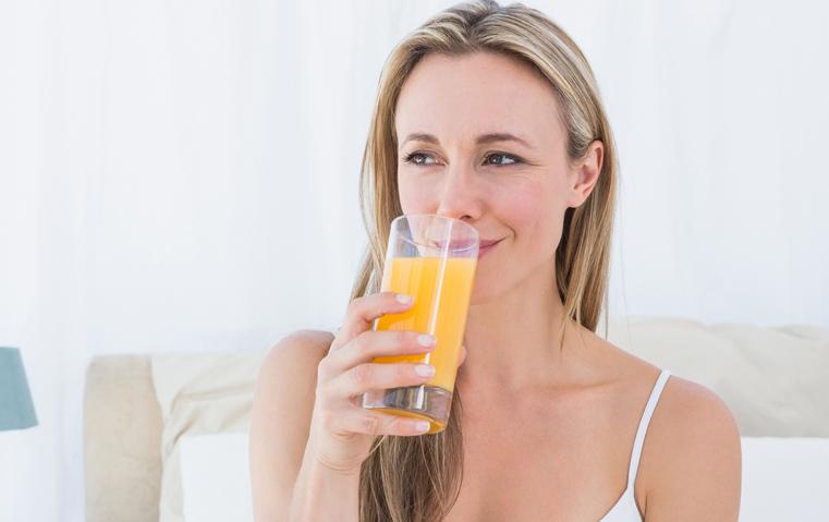 مشروبات منعشة لأمسياتك الصيفية وتخلصك من السعرات الزائدة
