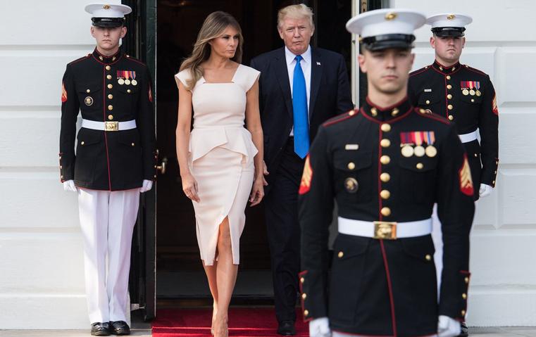 هذا هو اللون المفضّل لدى ميلانيا ترامب!