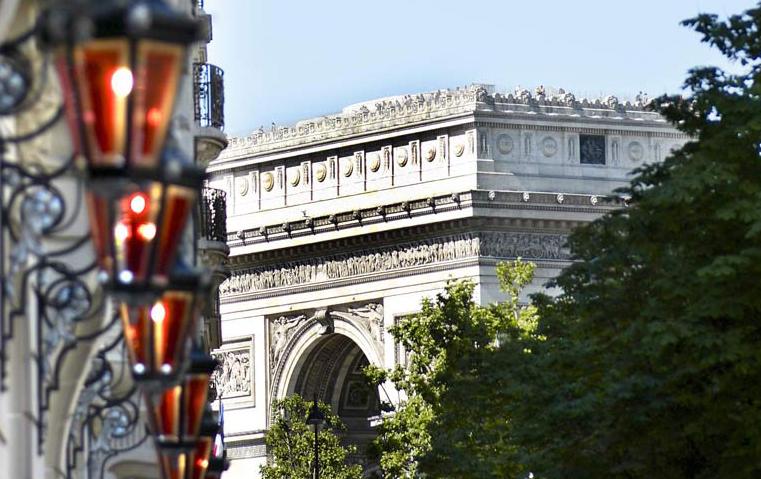 6 أسباب الخامس منها سيجعلك تسافرين إلى باريس