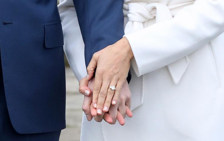 الأمير هاري صمم خاتم خطوبة ميغان ماركل بنفسه... كم تبلغ قيمته؟