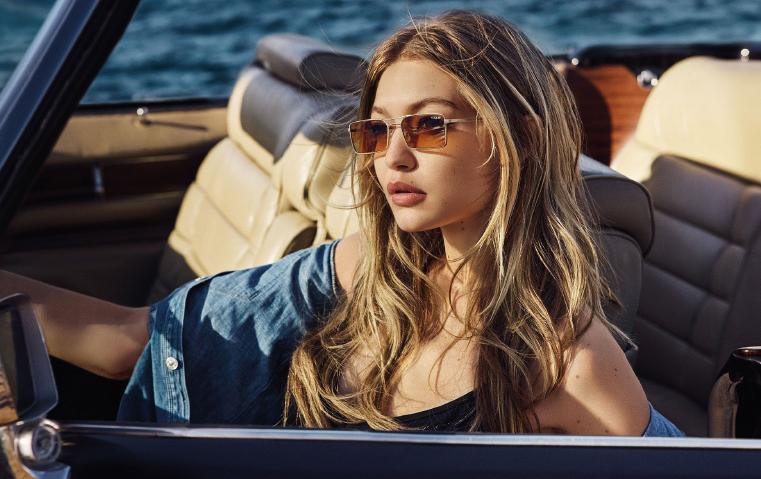 83ba073c1 تتنوع بين الفن وجنون الموضة: إليكِ النظارات الشمسية الأكثر فرادةً وابتكاراً  لصيف 2018