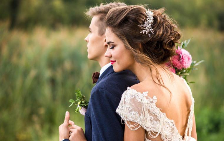 حققي زفاف أحلامك واجعليه بأسلوب هذه العلامة الراقية