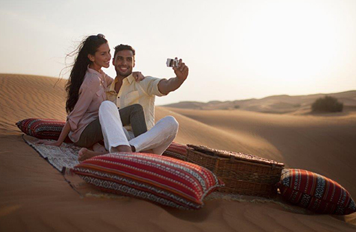 لا حيرة بين رحلات الصحراء أو سبا الأزواج بالفالنتاين مع هذه الخطة