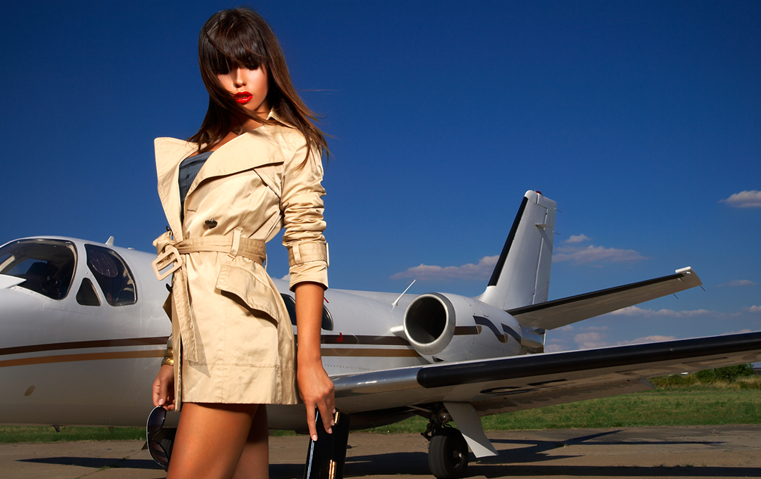 تستعدّين لتوضيب حقيبة السفر؟ إيّاكِ أن تنسي هذه الأغراض الـ12!