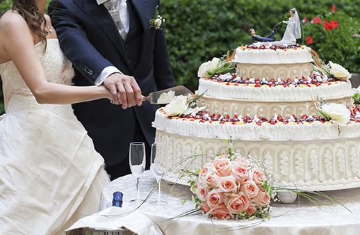 تعرّفي إلى آخر صيحات الزفاف لربيع 2016!