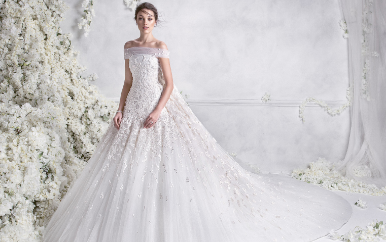 fe63fbbc2 تحمل توقيع مصمّم عربي: إليكِ أجمل تشكيلة فساتين زفاف لموسم 2018! | Gheir