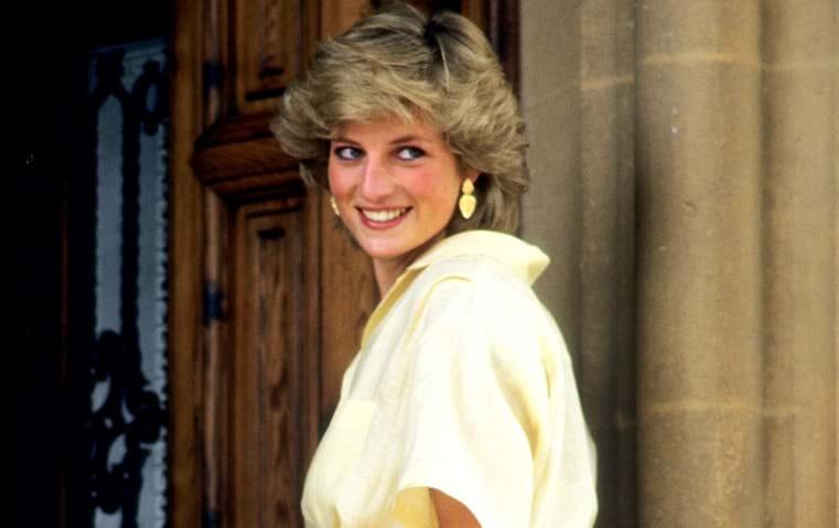 تذكّري معنا أبرز نجمات الثمانينيات: أيقونات في الموضة والجمال