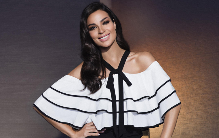 نادين نجيم في دبي: شاهدي كيف رقصت بفستان نيكولا جبران!