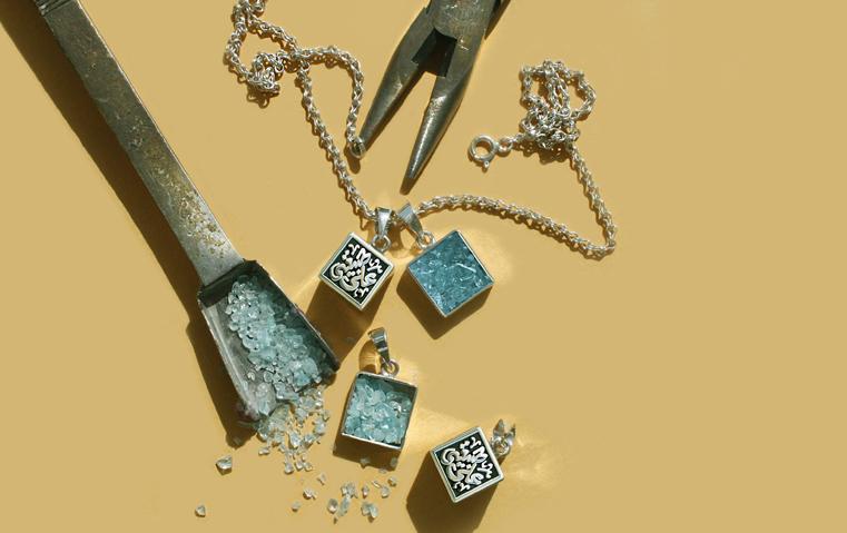 المصممة سهيلة الشيخ: مجوهرات Sandbox تحمل معنى حميمياً وتجسّد روح الفن وموروث الأسلاف
