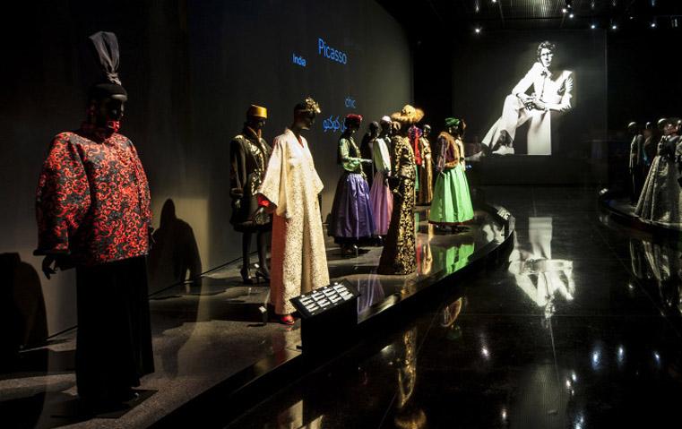 سان لوران يردّ الجميل لملهمته: مدينة مراكش