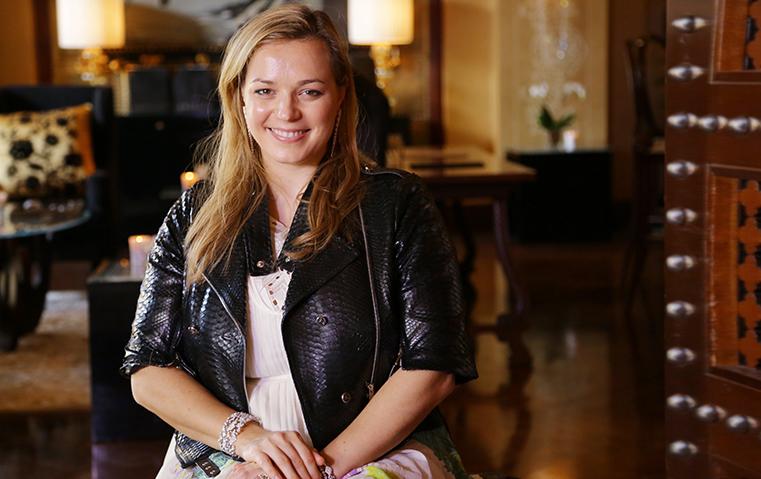 كارولين غاسبار: مجوهرات Akillis بعيدة كلياً عن الستايل الكلاسيكي التقليدي