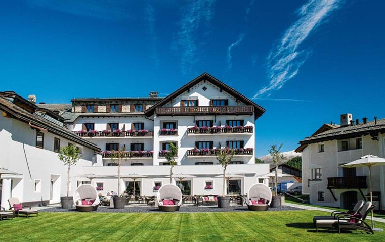 سياحتك الصيفية مفعمة باللياقة إن اخترت هذا العنوان السويسري