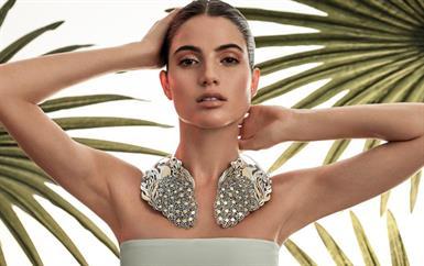 هكذا تجعلين مجوهراتك أيقونيّة في رمضان مع تصاميم عزة فهمي