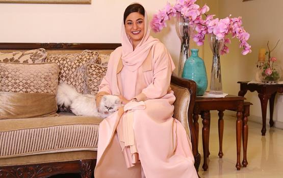 مقابلة تسلّط الضوء على أسلوب حياة الإماراتية ليلى المرعشي: مصممة وفنانة وسيدة أعمال