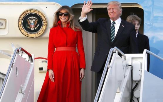 لا تفوّتي إطلالة ميلانيا ترامب بالأحمر الأسبوع الماضي