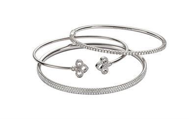 إليك بعض الأفكار الرائعة لاختيار هدايا الأعياد من مجوهرات تيفاني أند كو!