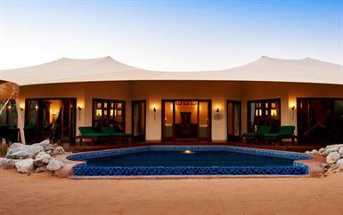 أين تنعمين بأفضل إقامة صحراوية على الرمال الشرقية!