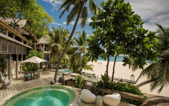 خططي لسياحة شاطئية كما لو أنّك تمتلكين جزيرة خاصة