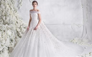 تحمل توقيع مصمّم عربي: إليكِ أجمل تشكيلة فساتين زفاف لموسم 2018!
