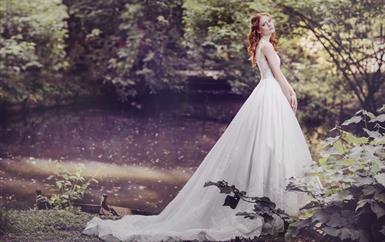 فساتين فرح بقصّات ملكيّة لكلّ عروس تبحث عن البذخ والفخامة