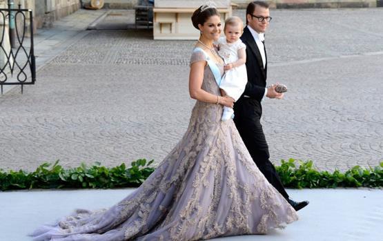 استلهمي لوكاتك المتميزة من الأميرة فيكتوريا!