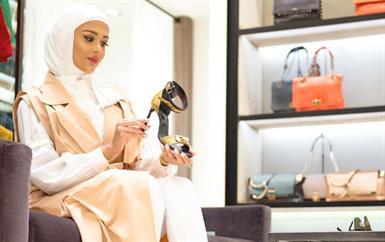 تعلمي من المدونة مريم محمد كيف تنسّقين أحذيتك مع طلاتك!