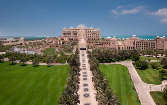 تجربة طعامك في قصر الإمارات ستكون بنجمتي ميشلان!