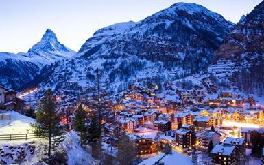 احتفلي بموسم الأعياد في واحدة من أشهر وجهات التزلج الأوروبية!