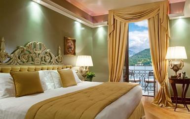 وجدنا لكِ الفندق الملكي الفاخر ضمن أحضان الطبيعة الإيطالية